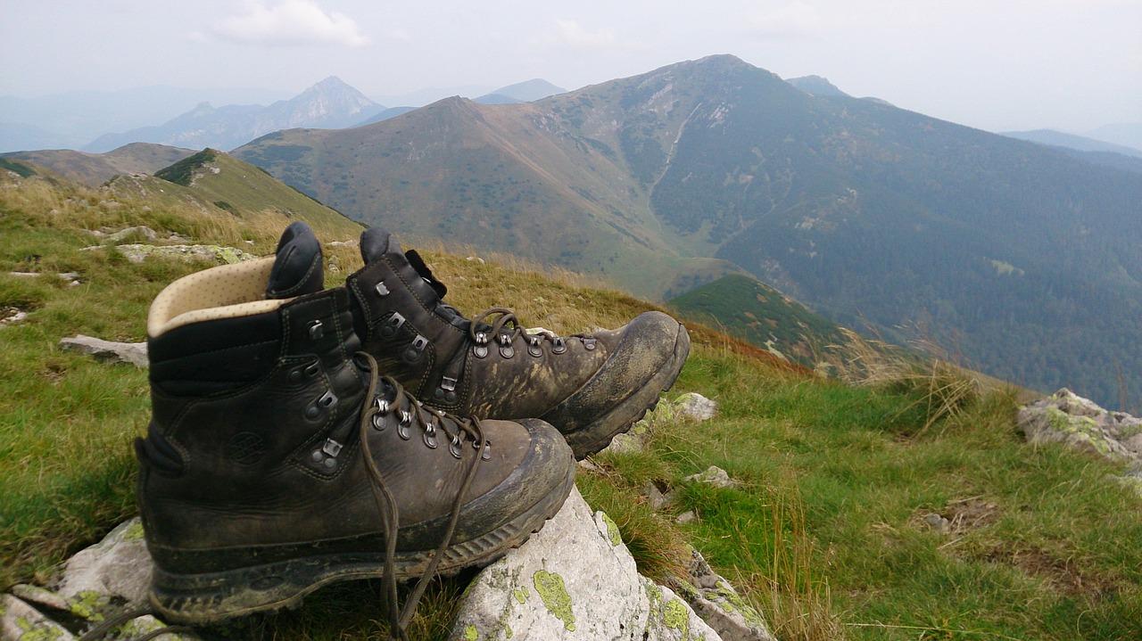 shoes-1110289_1280