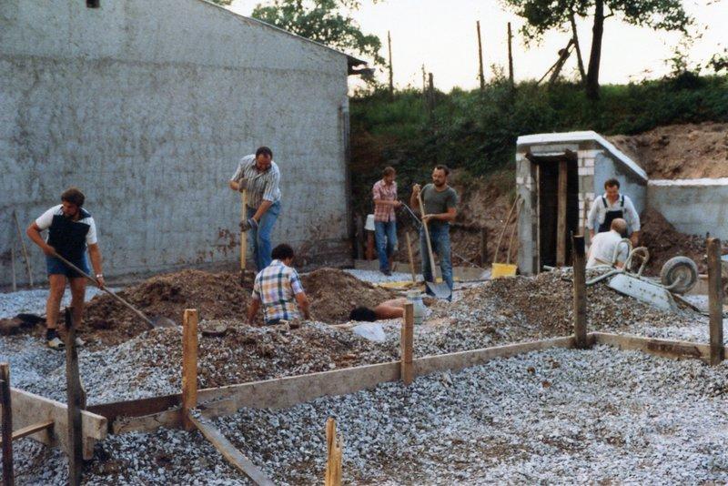 1984 - Errichtung Siedlerheim 01